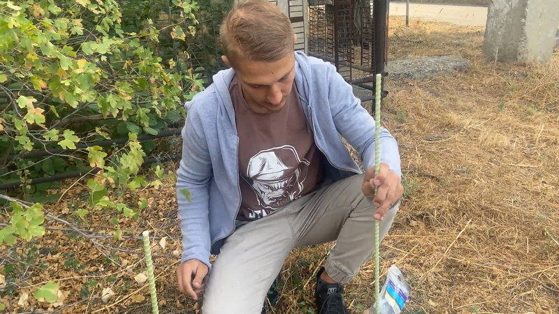 Стеклопластиковые колышки и гладкая стеклопластиковая арматура применяется для подвязки растений