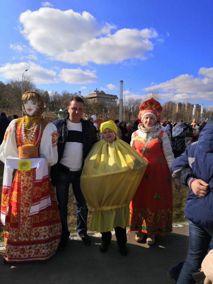 В центре г. Волгоград прошла ярмарка, в которой приняли участие представители завод СтеклоПласт