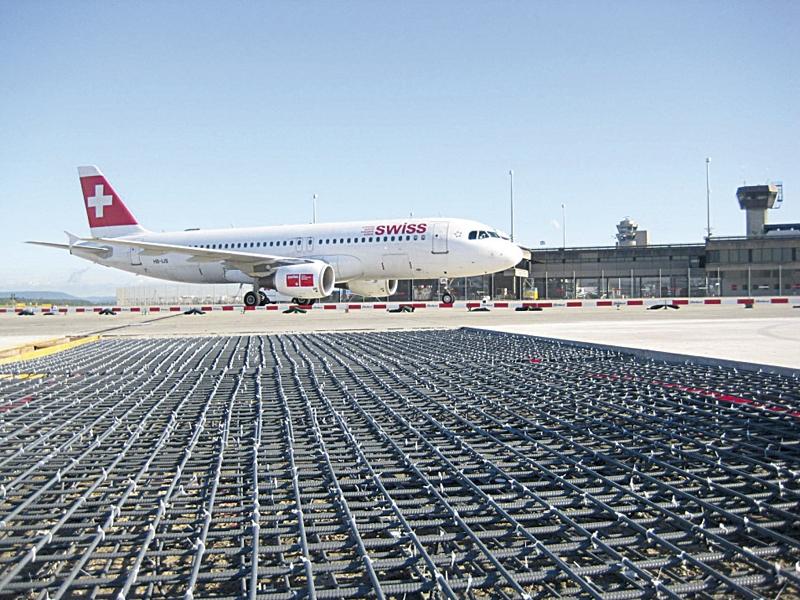 Стеклопластиковая арматура для дорожного полотна аэропортов