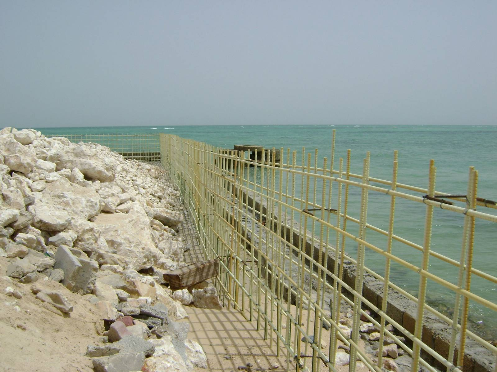 Армирование береговых сооружений стеклопластиковой арматурой