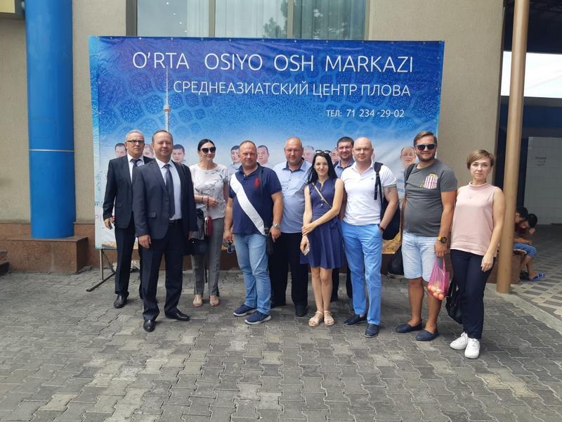 Матвеев Евгений среди представителей бизнес-делегации Волгоградской области в Узбекистане